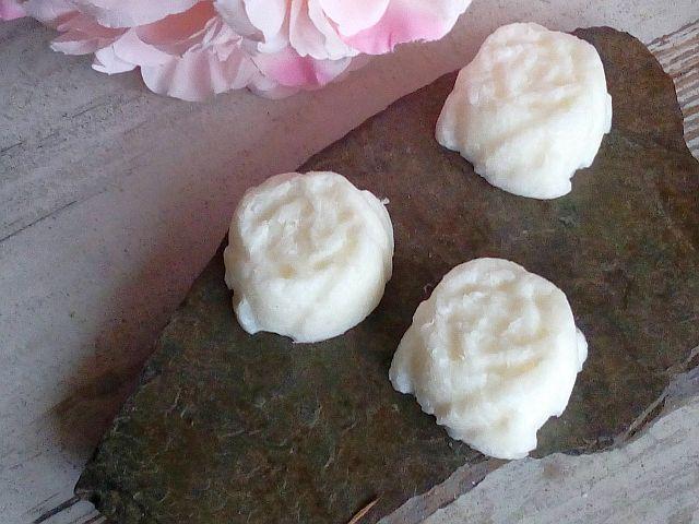 DIY Seife in Rosenform mit rosenduft
