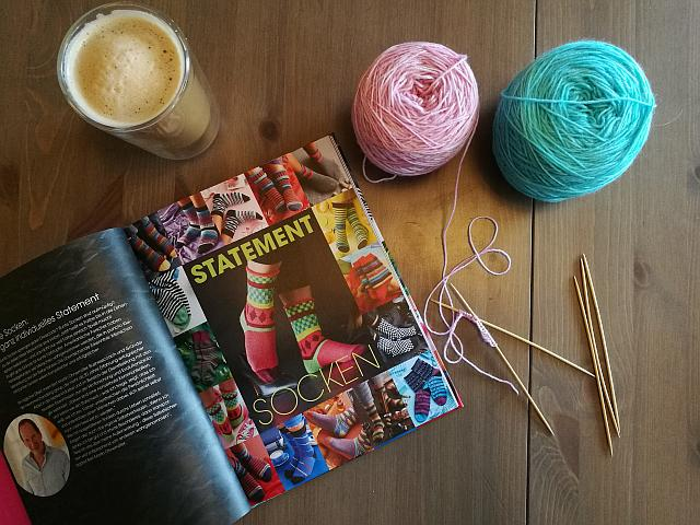 Buch Statement Socken stricken